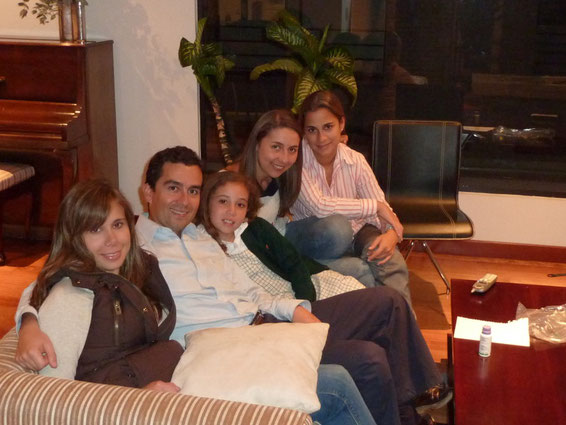Cata, Luisgui, Mariana, yotas y Malu... Falta JuanP quien tomó la foto ;-)