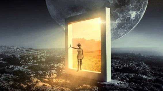 Pixabay Parallelwelten: UniverselleMenschenrechte oder identitärer Festungskampf