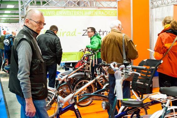 Dreirad-Zentrum Berlin informiert über Dreiräder für Erwachsene auf der Velo Berlin