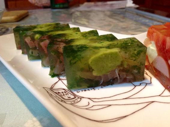 Mさん作:アボカド、まぐろ、茗荷、大葉、山葵醤油風味で。昆布だしベース。