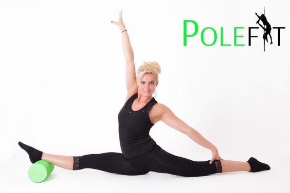 Jasmine Tautschnig FlexiFit Kursbeschreibung POLEFIT  stretchen dehnen beweglicher werden - in den Spagat kommen