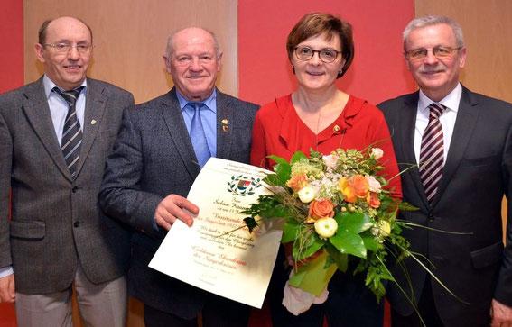 Goldener Ehrenkranz für Sabine Krampert - Sängerlust 1922 Oberthulba -2019