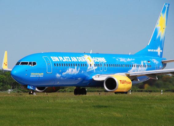 D-AHFZ was named GlücksbringAir - Deutsche Fernsehlotterie - in 2011 at HAM Airport Runway 5
