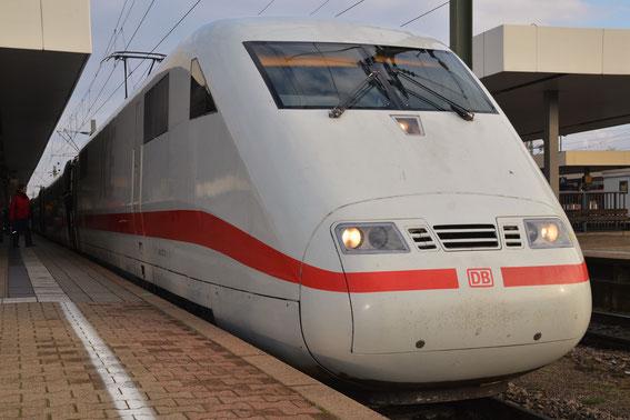 Bitte einsteigen: ICE 72 Tz 77 fährt bald ab- Mannheim Hbf.