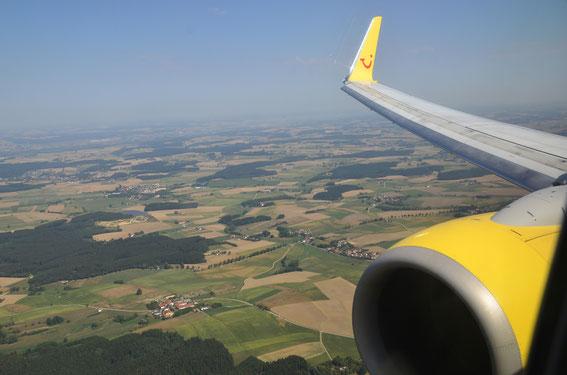 Servus und Grüß Gott Bavaria- on short final to Munich Airport half an hour prior landung time