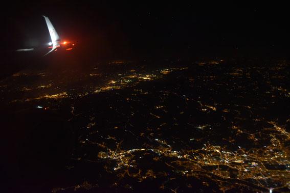 """Ein """"Magischer Stern"""" sollte dann auch den Rückflug nach HAJ durchführen, so dass die D-ATUG auch am 06.09.16 zum Fliegen bereitstand. Hier über dem imposanten Budapest"""