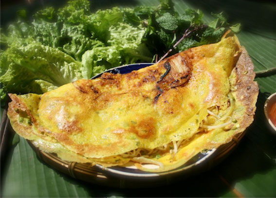 Bánh xèo tôm thịt    ベトナム風お好み焼き エビ、豚肉入り