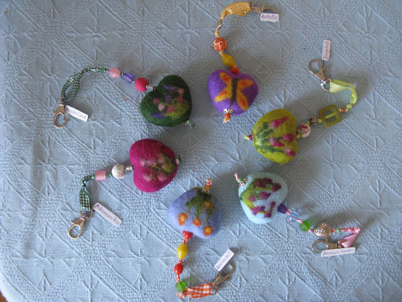 von li.: Midsummer Rose, Ausseer Land, Butterfly, Fingerhut, Porcelain Garden, Dahlienzeit