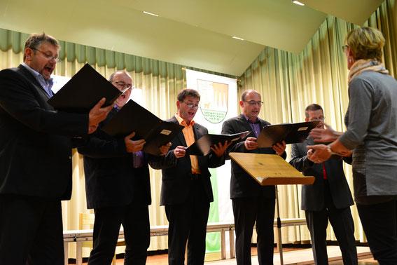 """Männer-Quintett """"Fünfklinge"""" - Leitung: Edith Hüttner - in Fladungen 2014"""