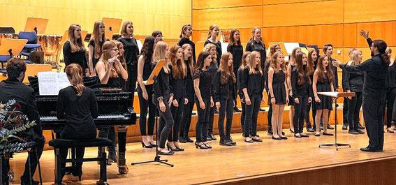 Mittelstufenchor - Konzert der unterfränkischen Gymnasien - Würzburg 2016 - Leitung: Urs John
