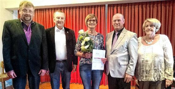 Ehrung - Edith Hüttner - 25 Jahre Chorleitung - 2016
