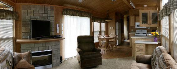 2-Bedroom Park Model RVs - Riverbend Cottage & RV Resort - Hotel