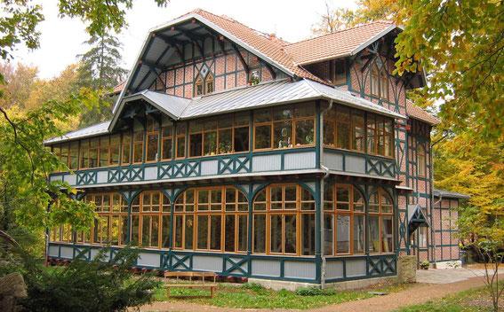 Kurhaus am Alten Bahnhof Heyerode, mit Ferienwohnungen