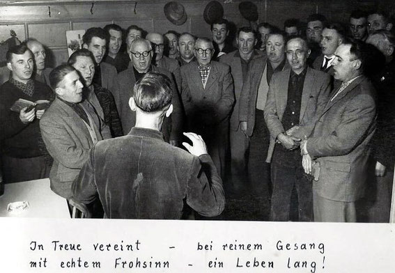 Historisches Chorfoto - MGV 1920 Waigolshausen