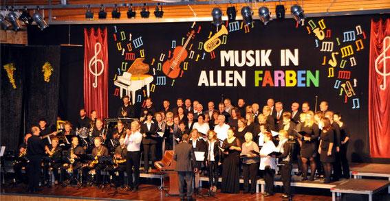 """Konzert """"Musik in allen Farben""""  2015 - Leitung: Christopher Kuhn"""
