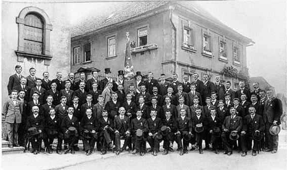 Vereinsfahne zum 10-jährigen Jubiläum - 1924
