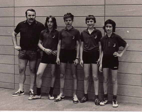 1. Schüler: v.l. Werner Hiller (JW), Werner Lenhardt, Bernd Lindemann, Jochen Dammann, Michael Kohl