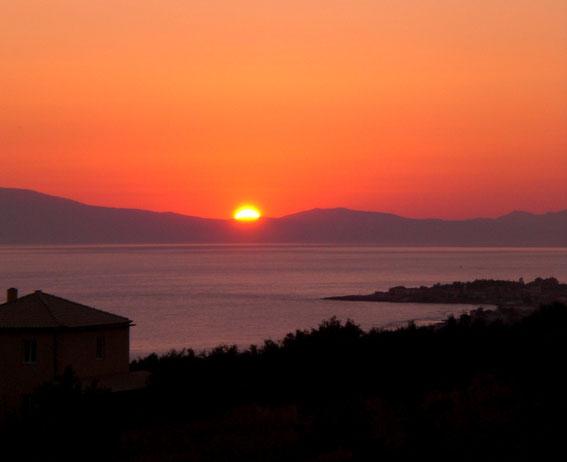 Sonnenuntergang golf von Messinien