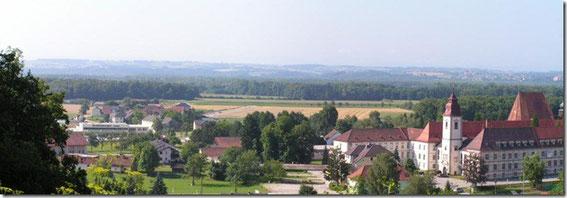 Blick auf Baumgartenberg