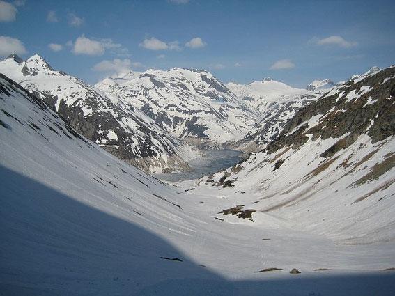 Ein Vergleichsbild, oben 8.5.2008 unten 16.5.2008, 8 warme Tage im Mai können selbst im Hochgebirge einiges bewirken