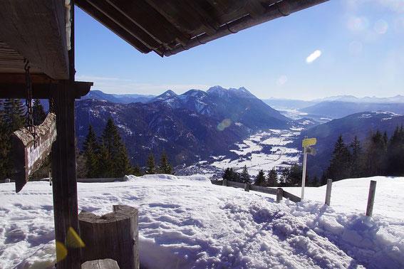Blick von der Weißbriacher Hütte nach Osten ins Gitschtal
