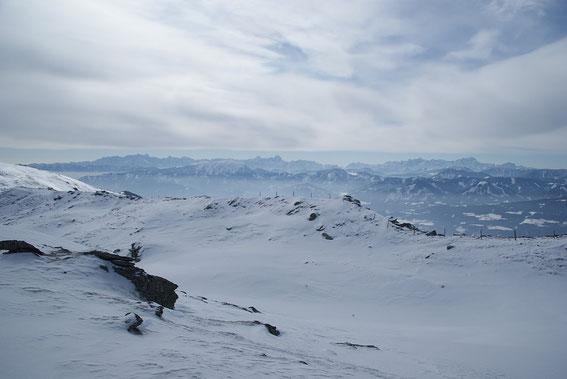 Die Gipfel der Julischen Alpen aufgefädelt vom Triglav bis zum Montasch
