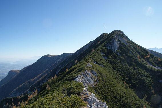 Am Grat geht es zum Gipfel