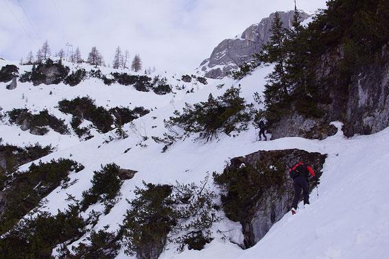 Die Schlüsselstelle im Aufstieg knapp oberhalb der Talstation der Materialseilbahn