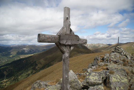 Am Gipfel mit dem Blick nach Nordwesten