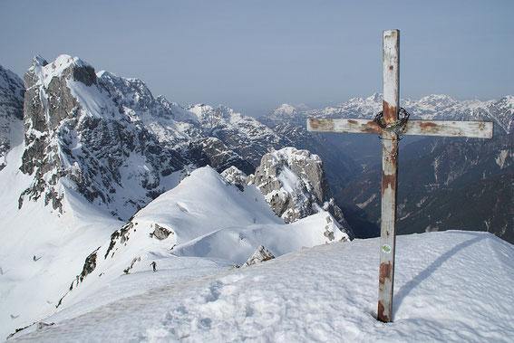 Blick zurück vom Gipfel über den Westgrat