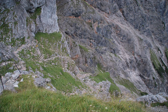 Abstiege im oberen kühnen Wegabschnitt