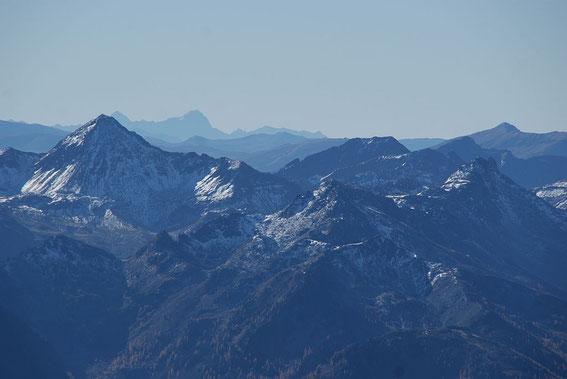 Nach Süden reicht der Blick an diesem Tag bis zum Mangart (~110km)!