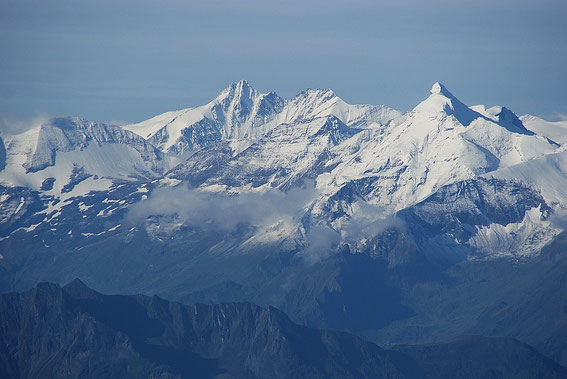 Auch der Großglockner mit dem Großen Wiesbachhorn bildet ein herrliches Bild