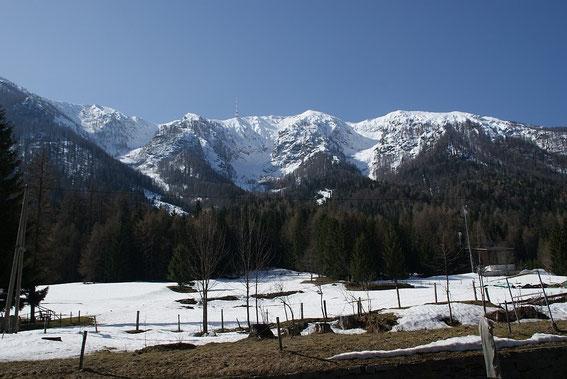 Wieder im Tal nochmals die Übersicht: links Alpenlahner; mittig Kessellahner; rechts Brunnlahner