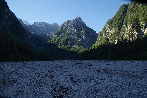 Im Val Romana (Bildmitte M. Bucher)