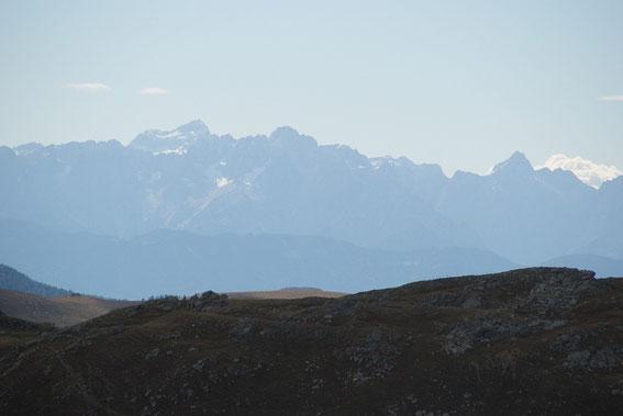 Auch die Julier zeigen sich am Horizont, hier der Triglav