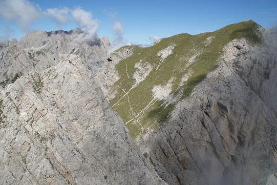 Kleine (links) und die Wiesenflanke der Großen Gamswiesenspitze
