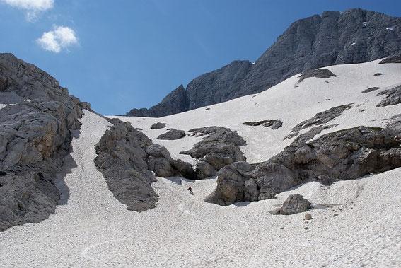 Abfahrt in den Kessel nördlich vom Kaningletscher