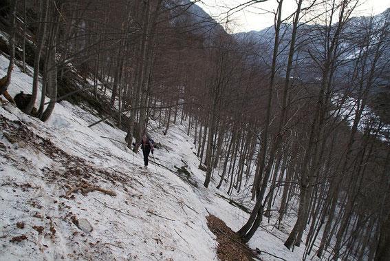 Im Anstieg am Weg Nr. 639 Richtung Fossa di Carnizza