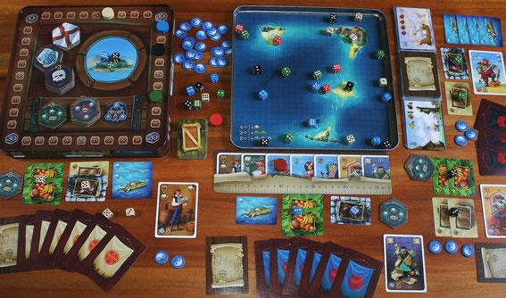 Piraten der 7 Weltmeere von 2Geeks für 2-4 Spieler ab 9 Jahren; Autoren: Alexander Newskiy & Oleg Sidorenko