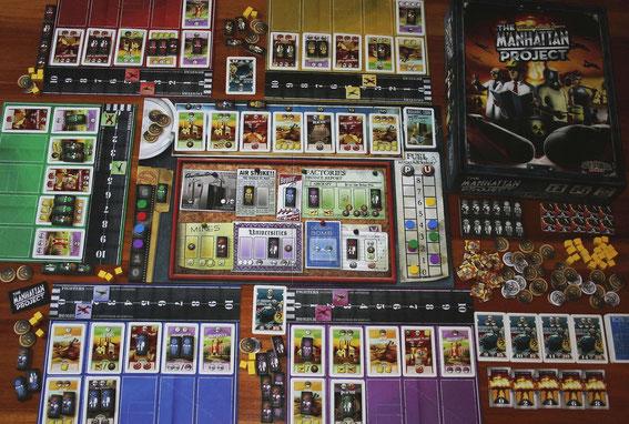 Manhattan Project von Minon Games für 2-5 Spieler