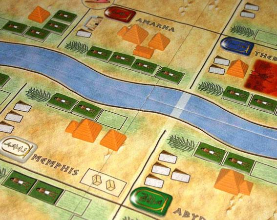 Amun-Re von Hans im Glück für 2-5 Spieler ab 12 Jahren; Autor: Reiner Knizia