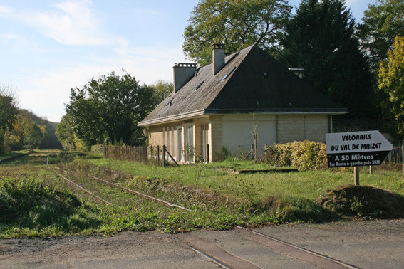 La gare désaffectée de Mutrécy (Calvados)