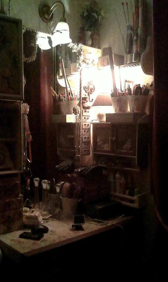 комната в стиле шебби шик, рамка для зеркала, декупаж, мастерская, комодики, шкатулки