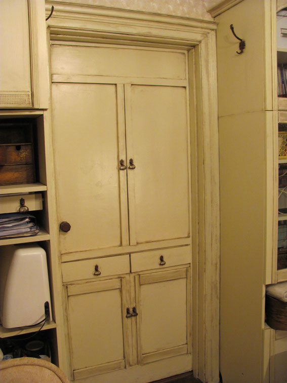 Скрытая межкомнатная дверь комната в стиле шебби шик своими руками потайная дверь