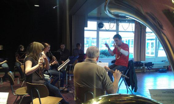 Gastdirigent vom Heeresmusikkorps Marcus Müller-Todo am 26.3.2012 - vielen Dank für die Super- Probe!