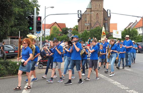 Schützenumzug Kinderorchester Ltg. Natascha Haier 9.6.2019