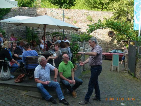 Weinprobe auf dem Springiersbacher Hof in Ediger Eller