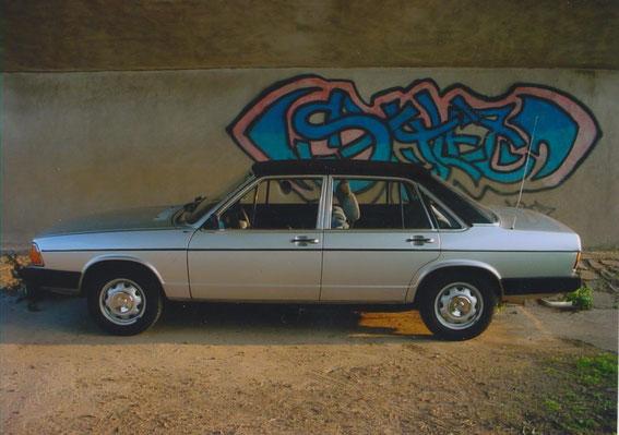 Audi 100 LS von 1977