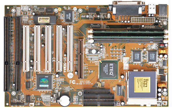 SOYO 5EMA+ with IDT WinChip 2 233 MHz, ATX form factor with SDRAM and full ACPI support.